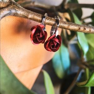Vintage 90's Romantic Chic Rose 🌹Clip On Earrings